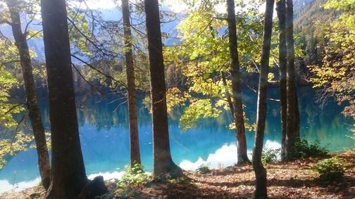 Passeggiata autunnale ai laghi di Fusine